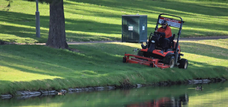 Lantra Combi Tractor Mower
